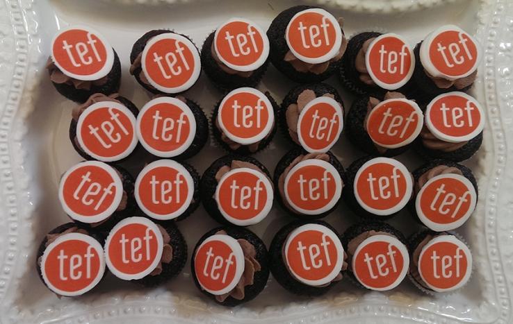 TEF Design Mini Cupcakes